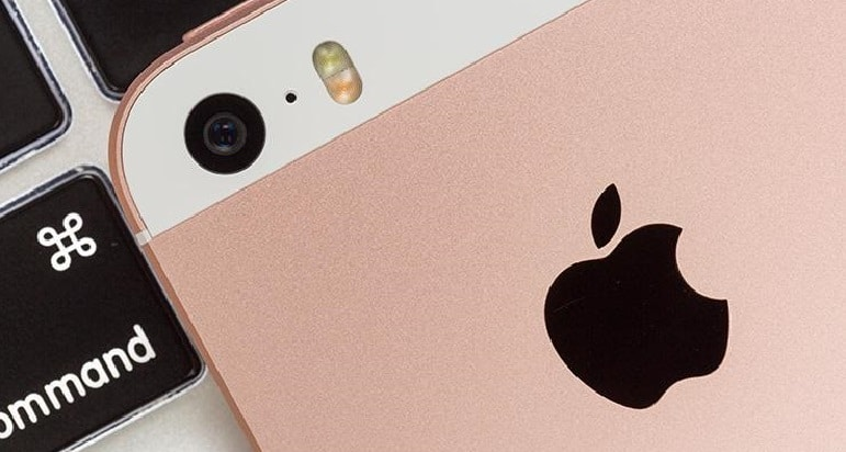 Irish government agreed with Apple settlement of 13-billion-euro taxes