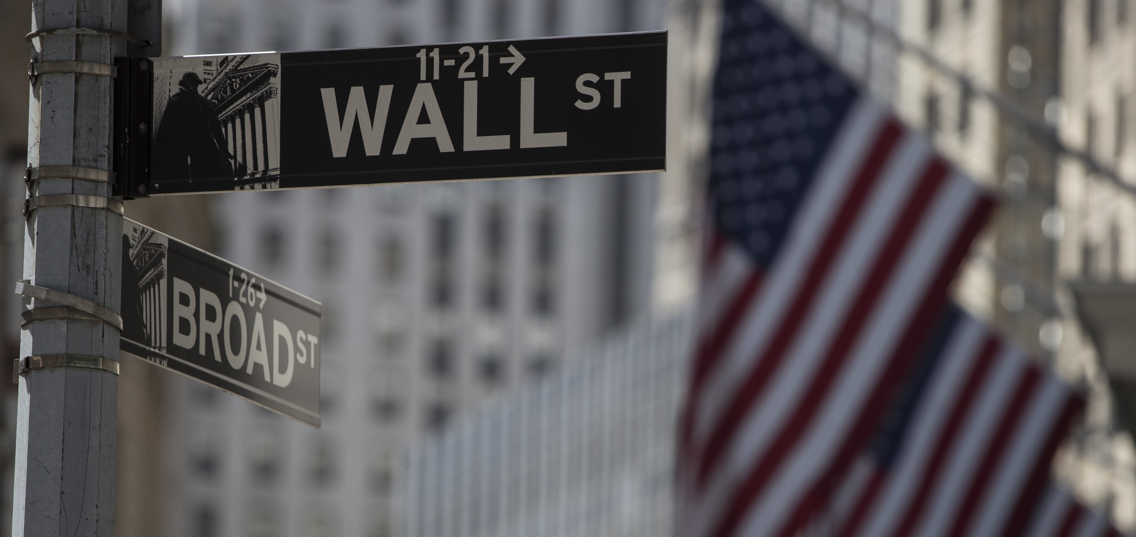 Wall Street indices started the week with declines after ...