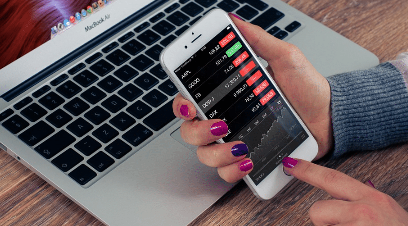 Are you a Forex Trader? Here are three mobile apps you must have on your phone