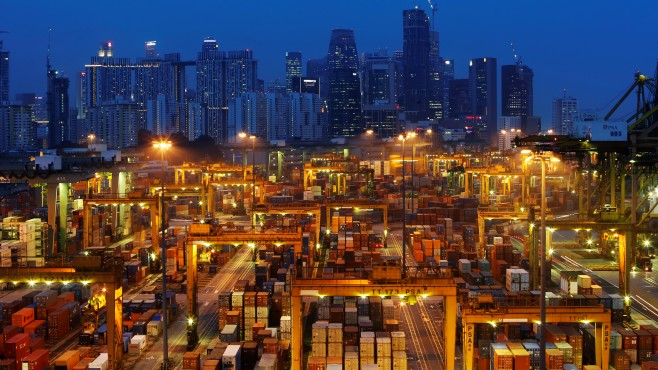 US trade deficit with China reached a record value in September