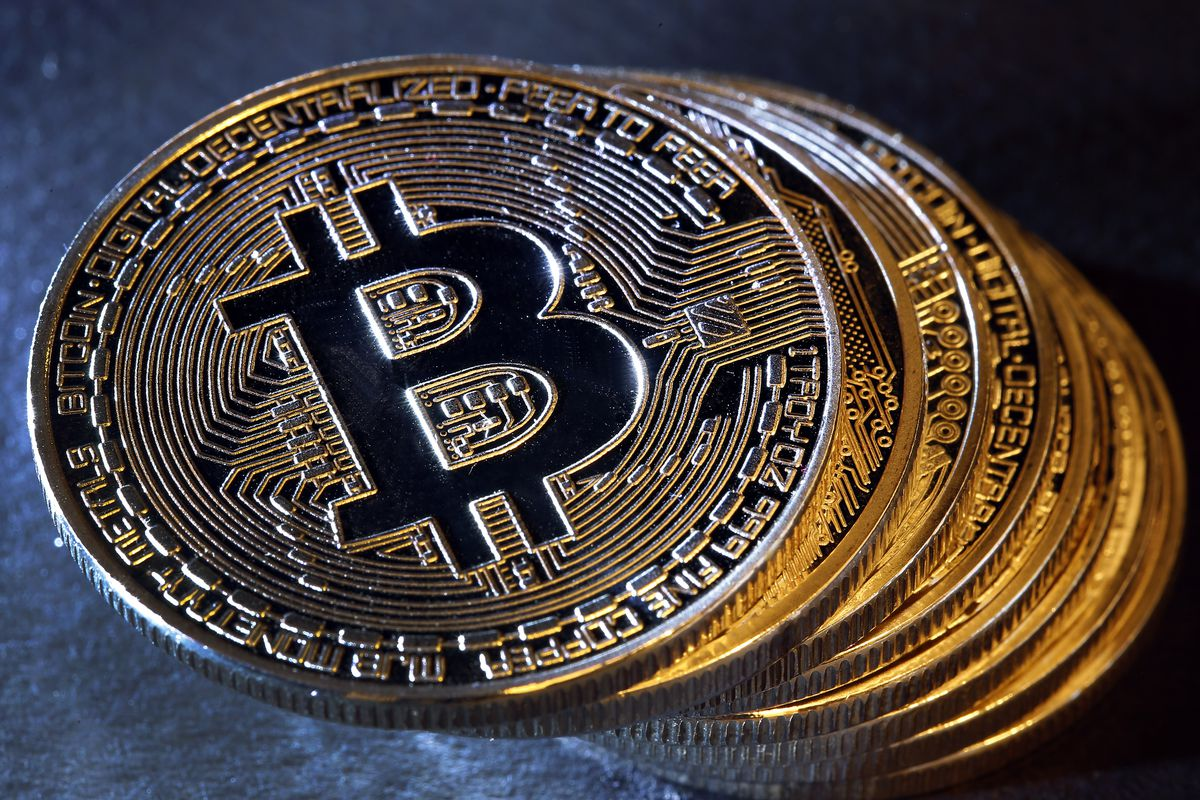 Bitcoin price recovered and finished the week on green