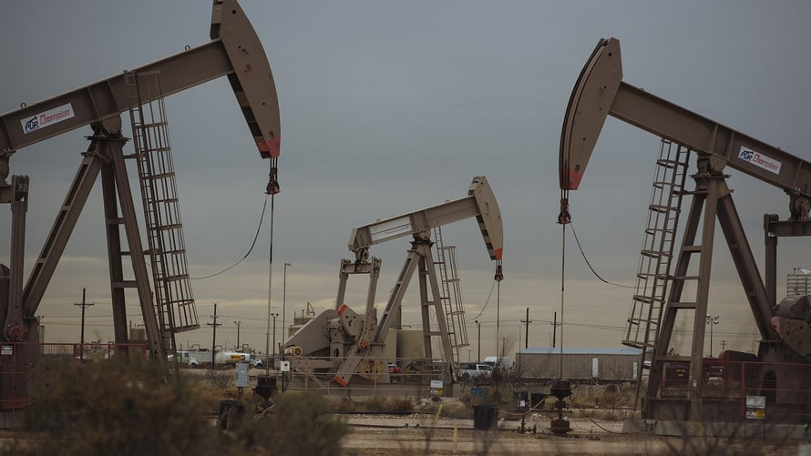Fears about the trade war pushed crude oil prices down