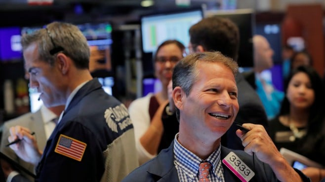 Dow Jones and S&P 500 rose to new historical highs on Friday