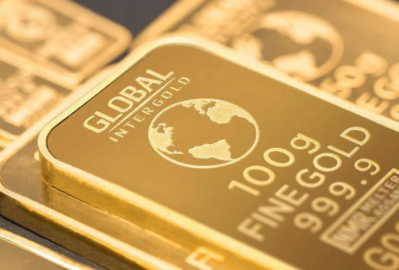 Gold price consolidates below 1,500 USD mark - Finance and