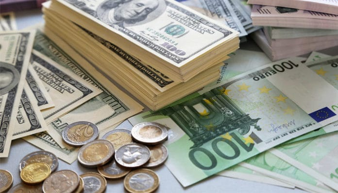 US Dollar edged higher amid rising geopolitical tensions