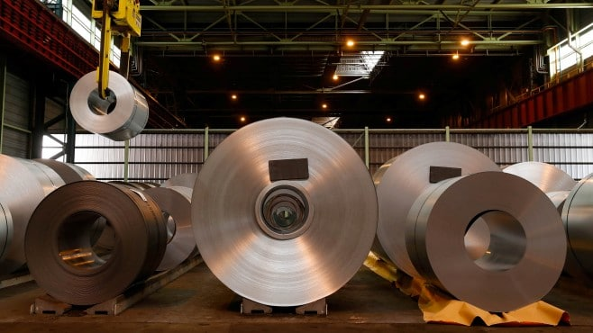 India has allowed ArcelorMittal to acquire local bankrupt steel factory for 5.8 billion USD